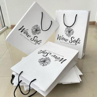 паперовий пакет з логотипом